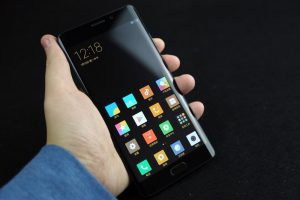 xiaomi-mi-note-2-phone-2