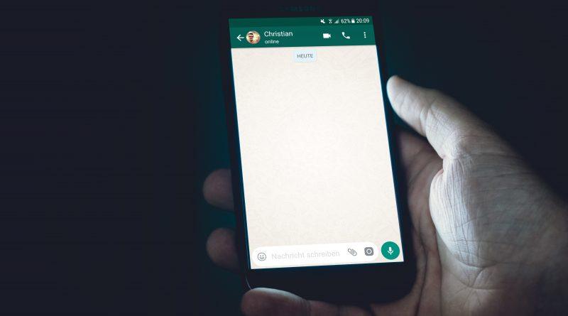 Whatsapp sur Android : Ajoutez un code lors de l'ouverture de l'app